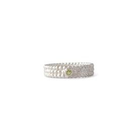 Zilveren pareldraad ring met 2,5 mm peridoot