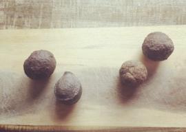 Moqui marbles set