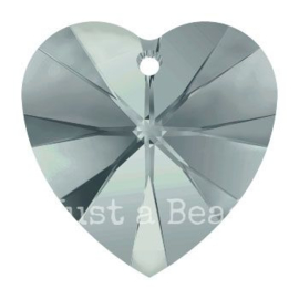 6228 Xilion heart pendant 18 x 17,5 mm Black Diamond (215)
