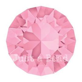 1028 Xilion Chaton puntsteen 2,05 mm / PP 14 Light rose F (223)