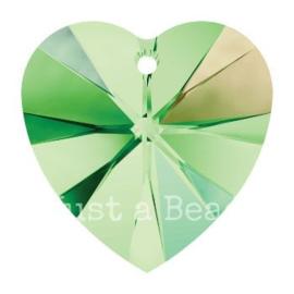 6228 Xilion heart pendant 18 x 17,5 mm Peridot AB (214 AB)