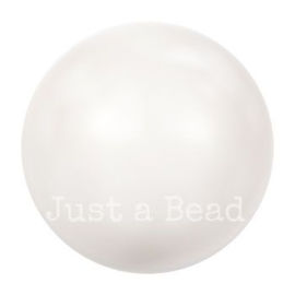 5818 4 mm Crystal white pearl (001 650)