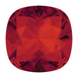 4470 Fancy stone 10 mm Siam F (208)