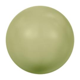 5810 6 mm Crystal light green pearl (001 293)