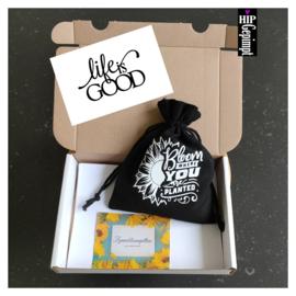 Bievenbuscadeau:  Live is Good