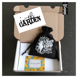 Bievenbuscadeau: in the Garden