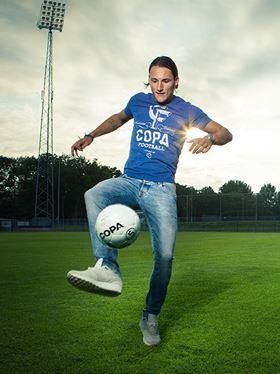 nemanja-gudelj-ajax-voetballer-retro