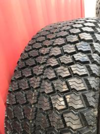 540/65R24 OBO vernieuwing met Pirelli karkas