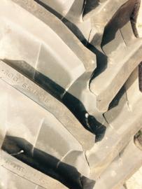 600/65R38 Pirelli TM800 nieuw/nokschade