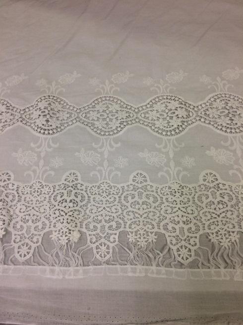 Cotton Embroderie ecru NB 2151/051 per 25cm