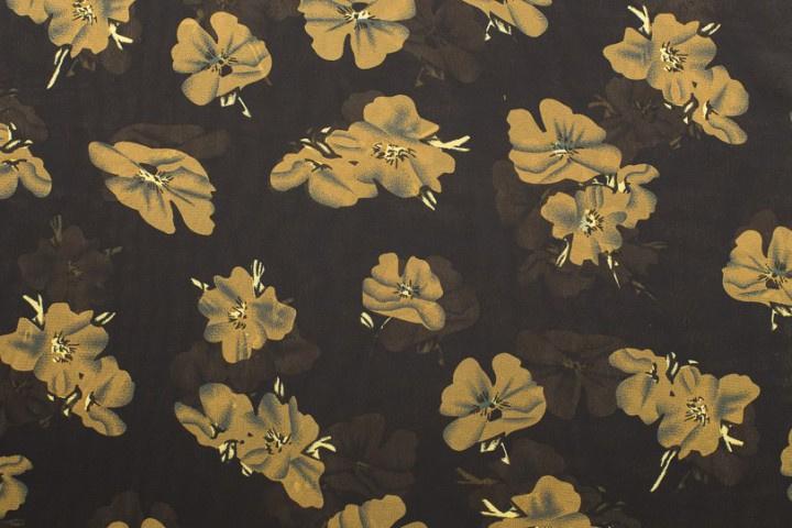 CHIFFON BEDRUKT MET BLOEMEN 10255/069 Coupon 285 x 140 cm