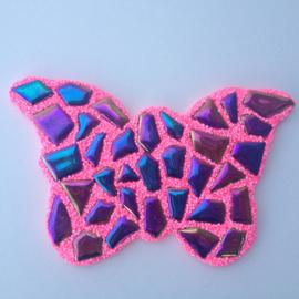 Mozaïek Vlinder met regenboog mozaieksteentjes van geglazuurd porselein knutselpakket