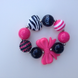Kralenarmband Girly for girls met roze strik