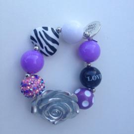 Kralenarmband Pure & Purple met zilveren bloem