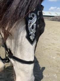 """Hoofdstel FH Barok zilver """" Big """" met borsttuig zwart Pony"""