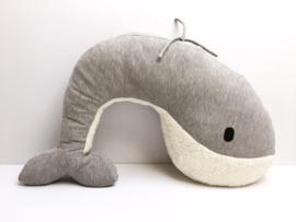 Nanami  Voedingskussen - Relaxkussen - Knuffel kussen - Whale MOMO / Nanami