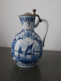 116; 1892, Antieke kan met tinnen klep, De Porceleyne Fles