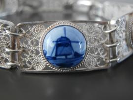 Filigrain schakelarmband met vijf stenen