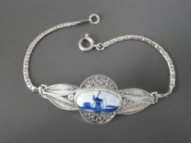 Zilveren armband met Delfts blauwe steen