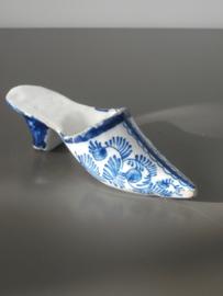 Muiltje, miniatuur Delfts aardewerk 18e eeuw