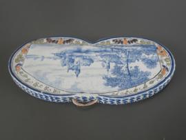 148; Kleine applique, tinglazuur 1898, De Porceleyne Fles
