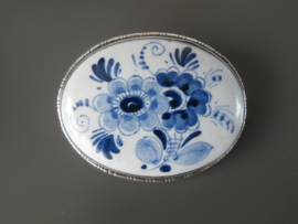 Royale broche met bloemdecor, halverwege 20e eeuw