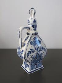 Hartvormige BOLS likeurfles uit 1914 van De Porceleyne Fles
