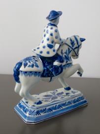 Paard met ruiter, Plazuid