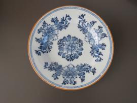 Pioen bord, De Porceleyne Bijl 1657-1813