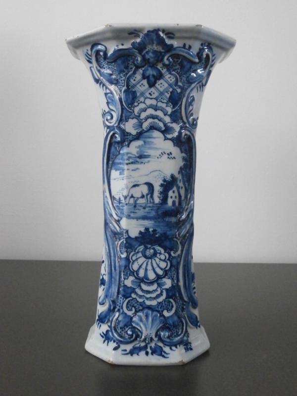 56; Bekervaas;  'De Porceleyne Schotel',  1764-1772