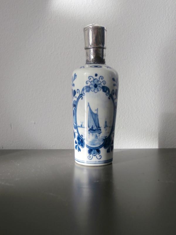 209; Parfumflesje De Porceleyne Fles, 1904