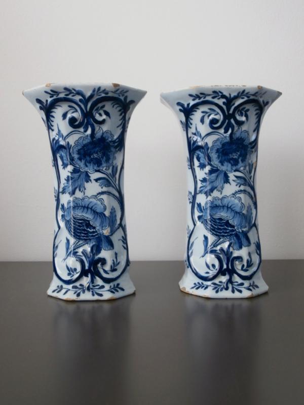 283; Paar bekervazen,  'De Porceleyne Bijl',  1657-1813