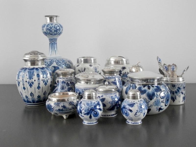 Collectie Delfts met zilver.