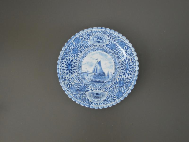 270; Antiek bordje ca 1900, Tichelaar Makkum