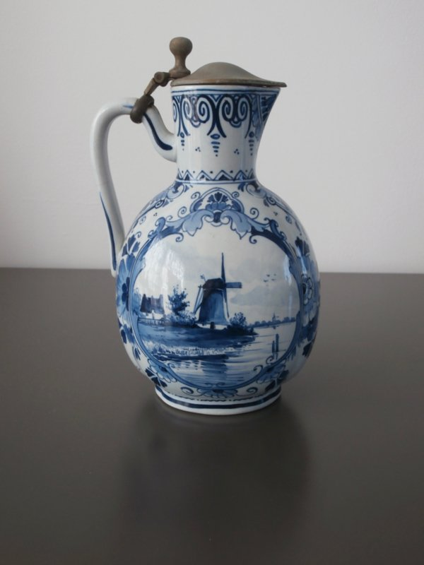 1892, Antieke kan met tinnen klep, De Porceleyne Fles
