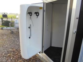 opbouw zadelkamers voor paardentrailers