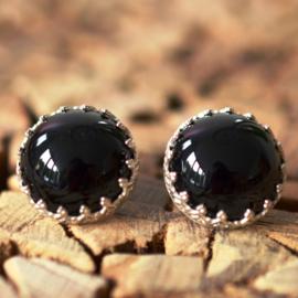 Zilveren oorbellen gezet met Onyx