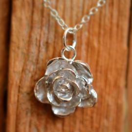 Zilveren roos