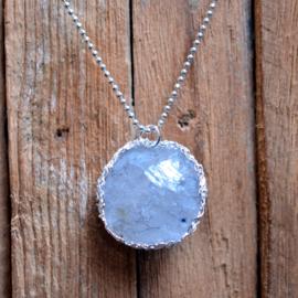 Zilveren bol hanger met Bergkristal