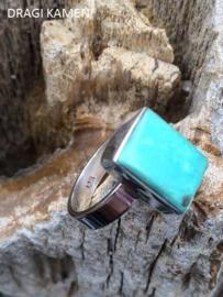 925 Zilveren ring met geslepen Turkoois edelsteen. Ring maat 18,5