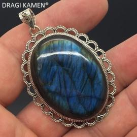 DRAGI KAMEN® - Extra blue labradoriet hanger in 925 zilveren zetting.