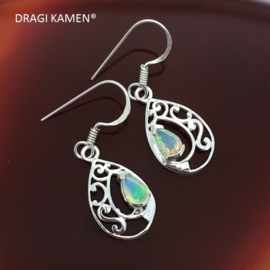 925 zilveren oorbellen met facet geslepenWelo Ethiopië Opaal