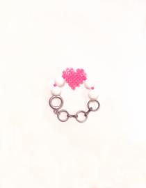 Bracelet love hurts a little