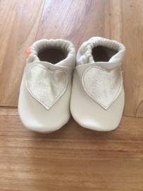 Menu Baby Shoes - Crème met gouden hart