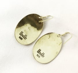 oorbellen gemaakt van 925 zilver met een 18 krt gouden laag in een exclusief design