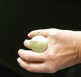 verstelbare ring van 925 zilver met 18 krt gouden laag in een exclusief design