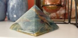Lemurian Aquatine Calciet piramide