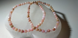 Andesopaal Roze armband facet geslepen