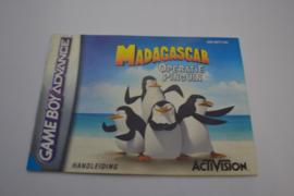 Madagascar Operatie Pinguin (GBA HOL MANUAL)