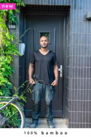 100% bamboe t-shirt zwart (made-to-order in Bali + natural dye)